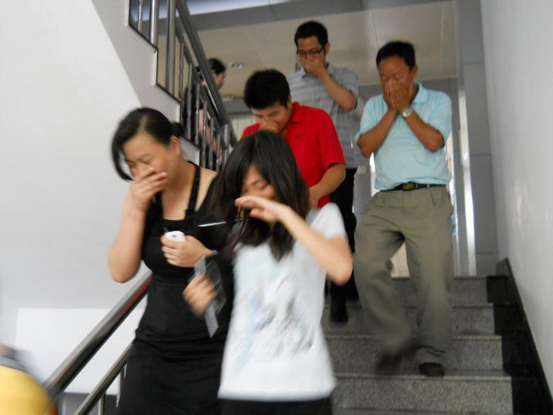 珠江电梯消防迫降接线图